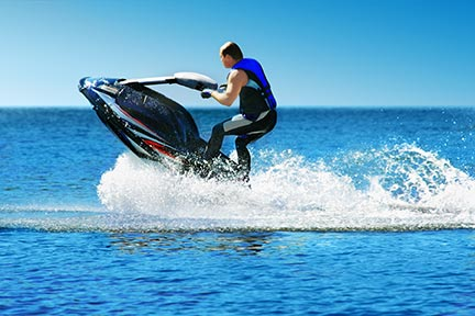 Many people like to do tricks on jet skis, however, these tricks often lead to injuries and boating accidents. Call a Tyler boat accident attorney today to discuss your options.